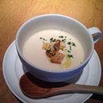 ザ プレイス コウベ - 本日のスープ この日はビシソワーズ☆ これは単品でオーダーしたもの。