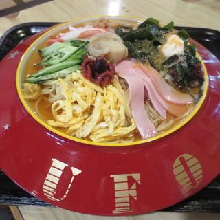 川原 - 料理写真:UFO冷ラーメン 900円