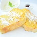 ワールドカフェ - 料理写真:オリジナルフレンチトースト1日限定10
