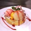 星乃珈琲店 - 料理写真:桃のスフレパンケーキ