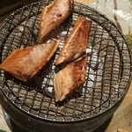 30213988 - 鮭ハラスの網焼き