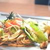 京ちゃばな - 料理写真:日本そば使用!アボカド黒焼きそば