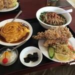 台湾料理 嘉宴楼 - ラーメン定食(880円)