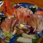 宵 - 金目鯛は事前予約マスト!刺身盛合せ(金目鯛、鰺、イカ、カンパチ、ヒラマサ)