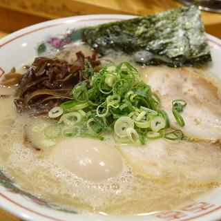 博多ラーメンセンター - 料理写真: