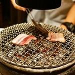 KollaBo - 炭火の七輪で焼きます
