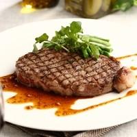 厳選黒毛和牛フィレ肉のステーキ
