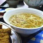 高良食堂 - Aランチ 定食に付いて来る量ではない沖縄そば