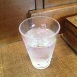 お食事処 三福 - 水はセルフで出しましたよ。