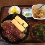 お食事処 三福 - 今日は、鮪の漬け丼ですよ! 600円!