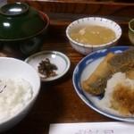 ごはん屋 - 魚定食