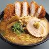 國丸 - 料理写真:北海道百年味噌カツラーメン