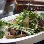 マルクトプラッツ - 夏野菜たっぷり地どりのストロガノフショートパスタ