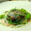 レストラン リューズ - 料理写真:新潟産 八色椎茸をタルト仕立てに ラルドの薄いベールで覆って