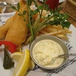 シェアーズ - 真鯛のフィッシュ&チップス タルタルソース添え(\1,480-)