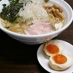 30447594 - 濃厚醤油ラーメン+煮玉子