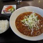 浜松四川飯店 - 麻婆ラーメンセットです。