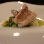 エリタージュ - 料理写真:甘鯛のオマール仕立てソース