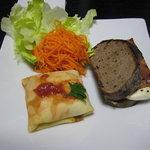 ビストロ レ・アール - お惣菜(パンはヨシタベーカリーのパン)