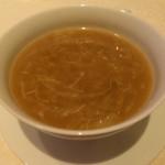 トゥーランドット - 蟹肉入りふかひれスープ