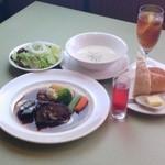 プチ フランセ - 料理写真:岩手南牛のシチューコース