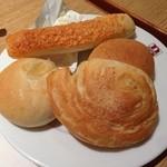 バケット - 食べ放題のパン