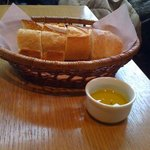 BISTRO LAROCHE - バケット+オリーブオイル