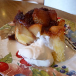 二三味珈琲 cafe - 本日のケーキ りんご
