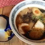 拉麺 劉 - ラーメンおにぎりセット(760円)