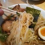 30635336 - 醤油ラーメンちぢれ細麺