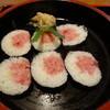 加満家 - 料理写真:鮪の太巻き(500円)