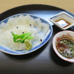 萬み高橋 - 料理写真:平目の刺身