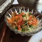 ノラリ&クラリ - サラダ、彩りも綺麗で、ドレッシングが美味しかった(2014.9.14)