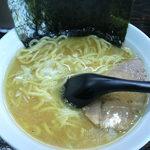 豚骨醤油 蕾 - 塩ラーメン790円