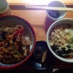 佐越阪 - 料理写真:かけそば750円、天丼1,350円