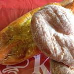 パン樹 久遠 - チョリソーポテト、ツイストドーナツ