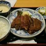 30841102 - たんもと厚切り牛タン定食(4枚8カット)1,900円