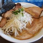 らー麺 塩や - 料理写真:塩チャーシュー麺