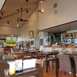 ヒトメクリ - 島カフェの落ち着いた雰囲気
