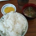 鯨食堂 - 料理写真:定食は単品+200円