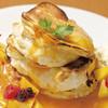 トワサンク - 料理写真:フルーツたっぷりのトロピカーナパンケーキ