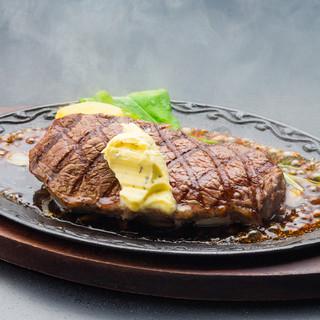 熟成肉のステーキが食べられるお店!
