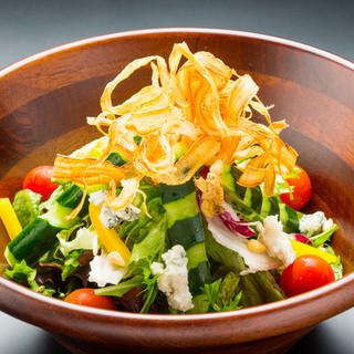 店仕込みのももこ豆腐使用の健康サラダ!野菜にもこだわってます