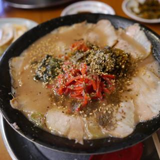 火の国 文龍 - 料理写真:チャーシューメン(ふつう)¥850