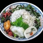 小田原パーキングエリア(下り線)スナックコーナー - 釜揚げしらす丼