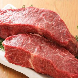 誰もが憧れる肉の最高峰!A5黒毛和牛