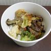RF1 - 料理写真:...「やみつき牛ハラミのバーベキュー丼(640円)」、要は焼肉のタレの肉野菜炒めを御飯に載せたもの。。