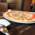 マラッカ - インカポテトとサルシャッチャのピザ