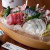 ゆ家 石垣別邸 - 料理写真:目で見ても楽しめる色鮮やかな盛り付けの『刺身ちょいもり五点』