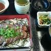 辛夷 - 料理写真:甲州ワインビーフステーキ重(¥1,230)